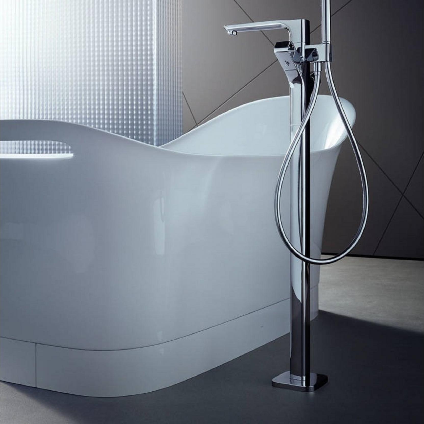 axor hansgrohe urquiola freestanding buthtab tattahome. Black Bedroom Furniture Sets. Home Design Ideas