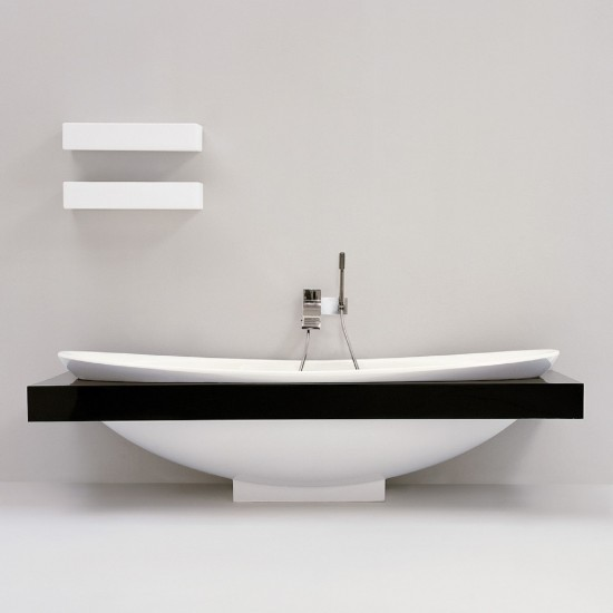 FLAMINIA IO BATHTUB IN PIETRALUCE