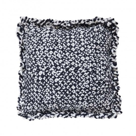 GAN SPACES WAAN BLACK AND WHITE CUSHION