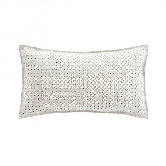 GAN SPACES CANEVAS ABSTRACT WHITE CUSHION