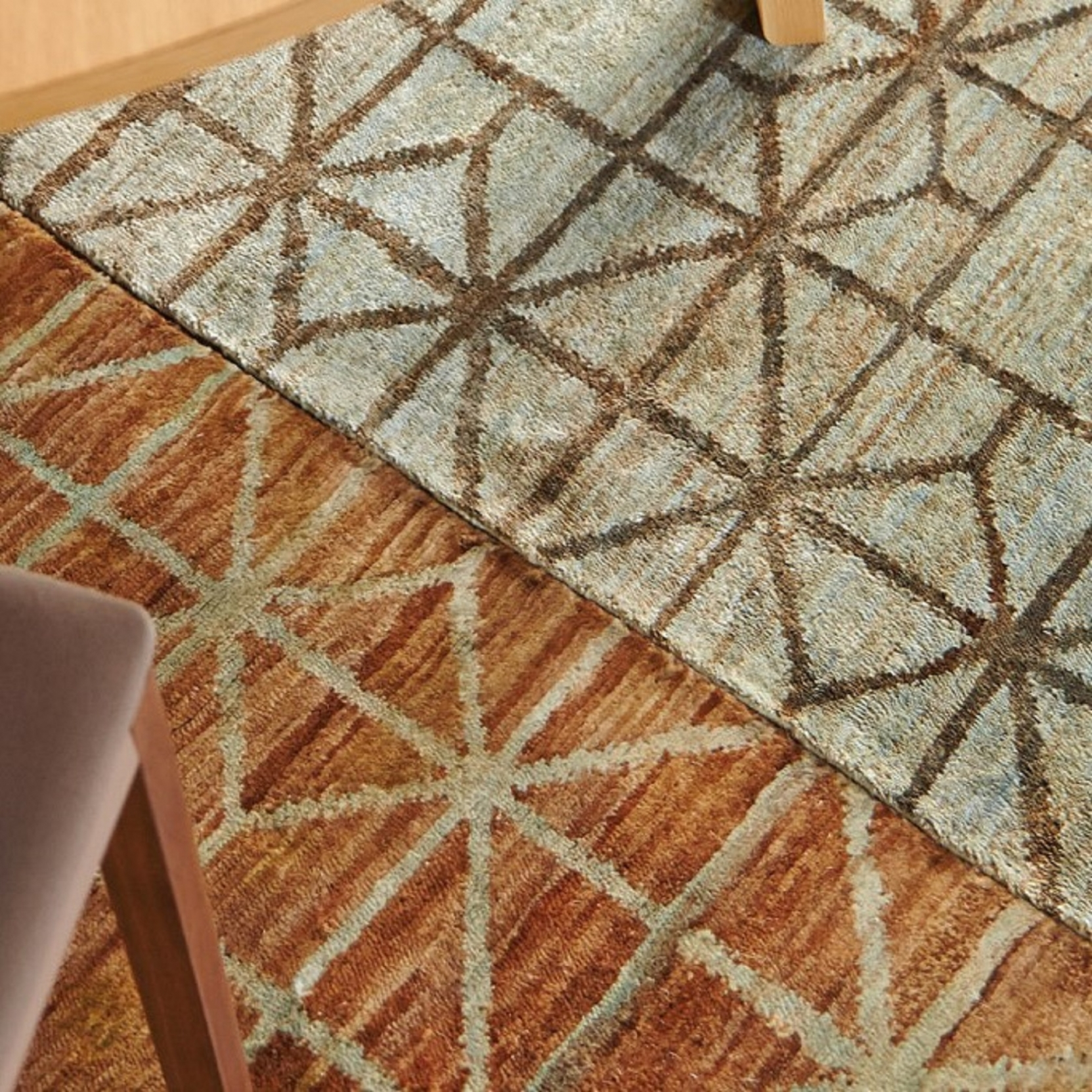 GAN HAND KNOTTED COLLECTION WATERKEYN AQUA RUG
