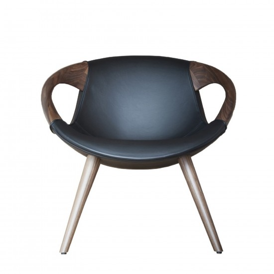 TONON UP WOODEN ARMS CHAIR