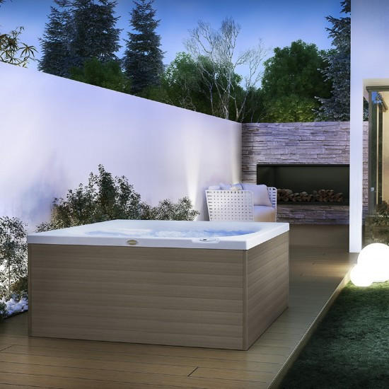 JACUZZI ITALIAN DESIGN CITY SPA HOT TUBE