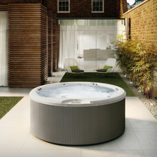 JACUZZI ITALIAN DESIGN ALIMIA HOT TUBE