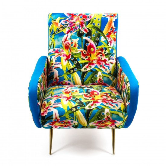 SELETTI TOILETPAPER FLOWERS WITH HOLES ARMCHAIR