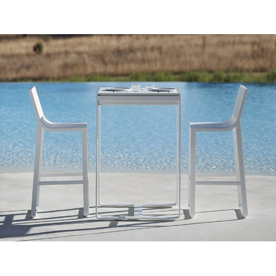 GANDIA BLASCO FLAT BAR TABLE