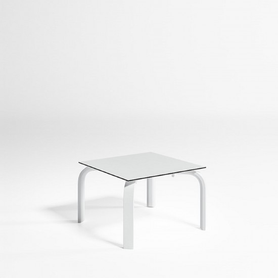 GANDIA BLASCO STACK CHAISELONGUE TABLE