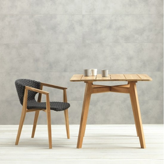 ETHIMO KNIT SQUARE TABLE