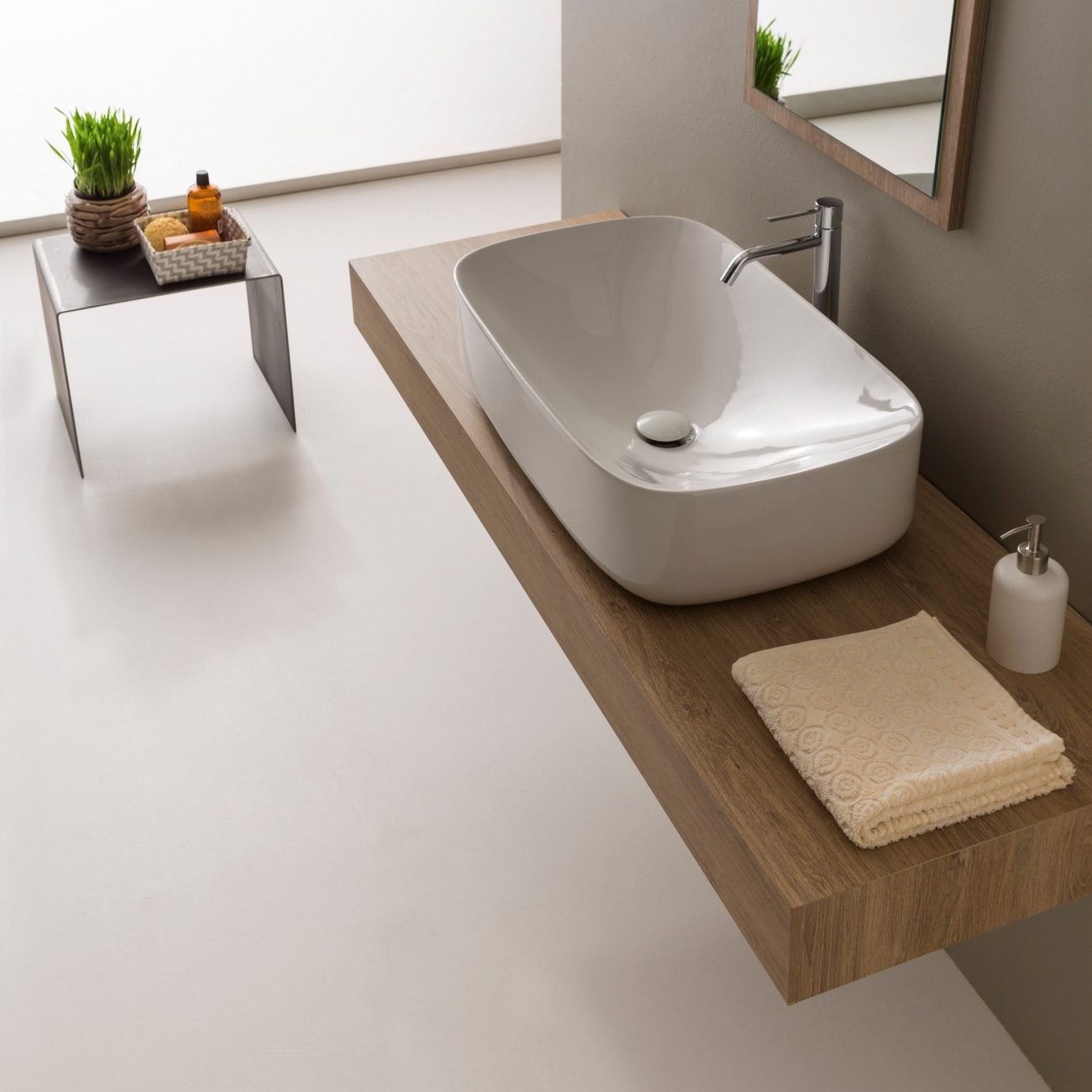 MOON SCARABEO 70H18 Lay-on washbasin