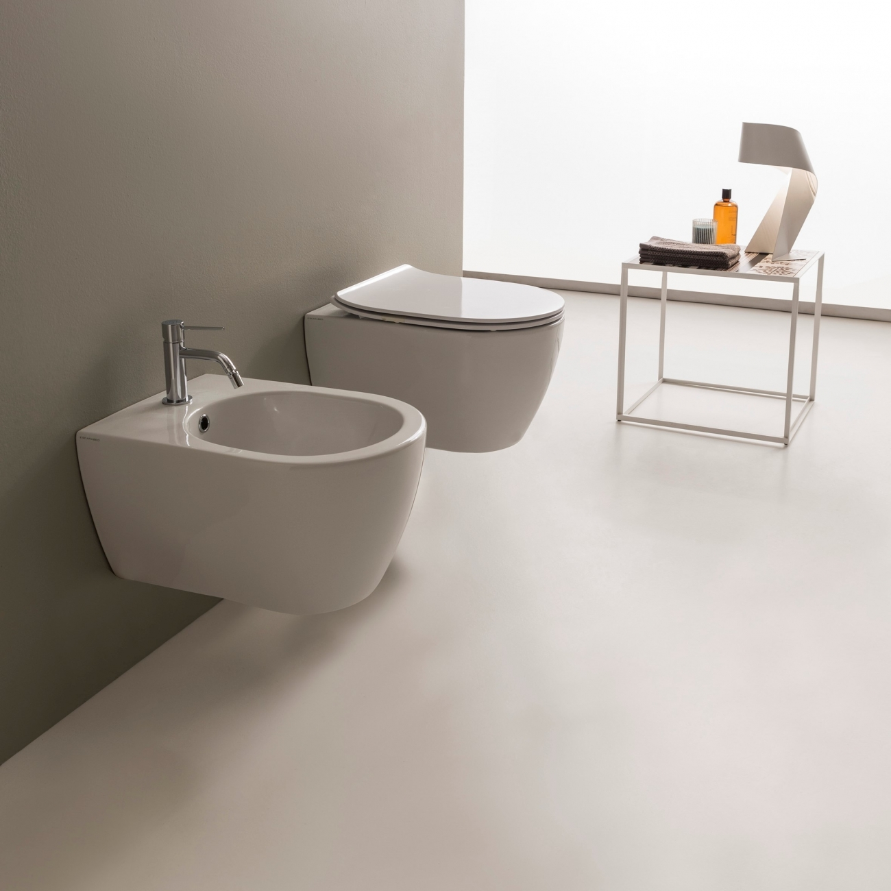 MOON SCARABEO Wall-mounted CLEAN FLUSH
