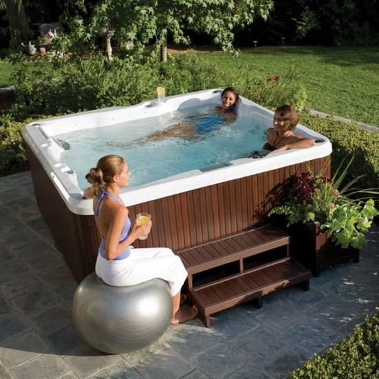 Jacuzzi J-235 Mini Pool