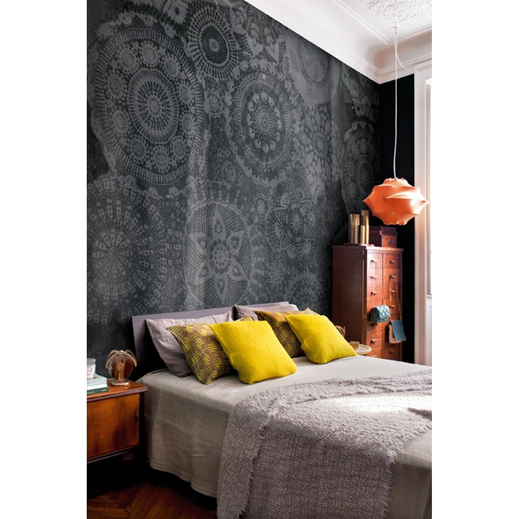 Wall & Dec Stella Wallpaper