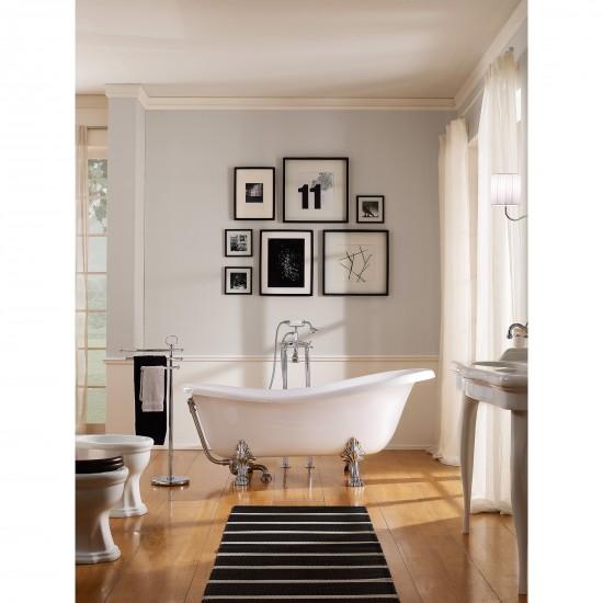 Scarabeo Castellana freestanding bathtub