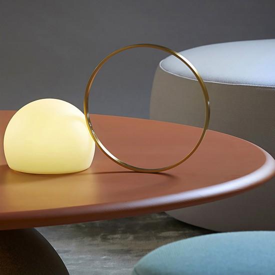 Estiluz Circ table lamp