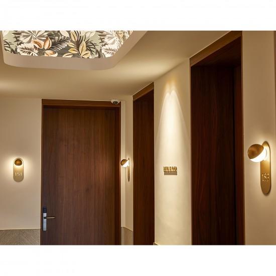 Estiluz Alfi wall lamp