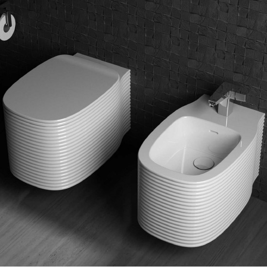Etò UB WALL HUNG TOILET