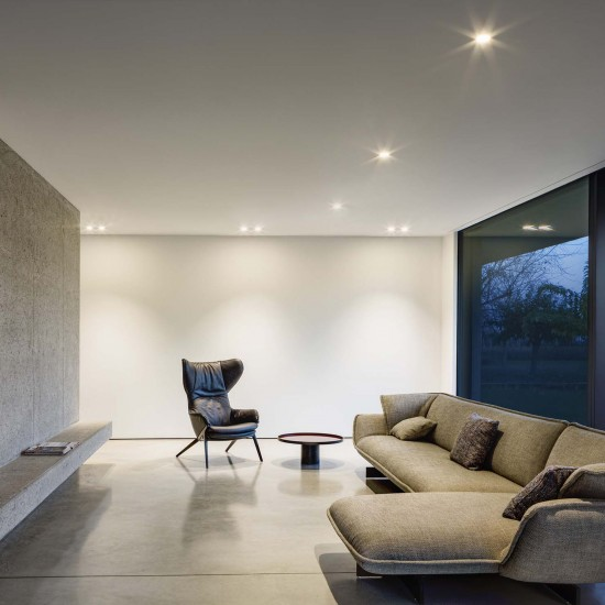 Olev Tiny Ceiling Lamp Built-In