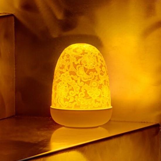 Lladró Lace Dome Lampada da tavolo